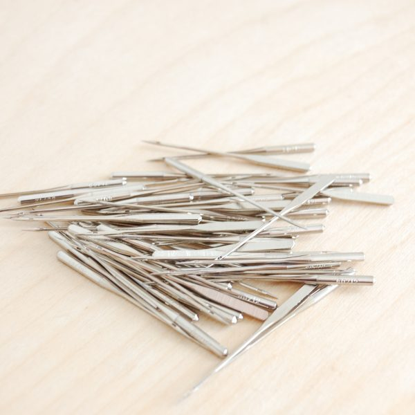 Bulk pack sewing machine needles (1)