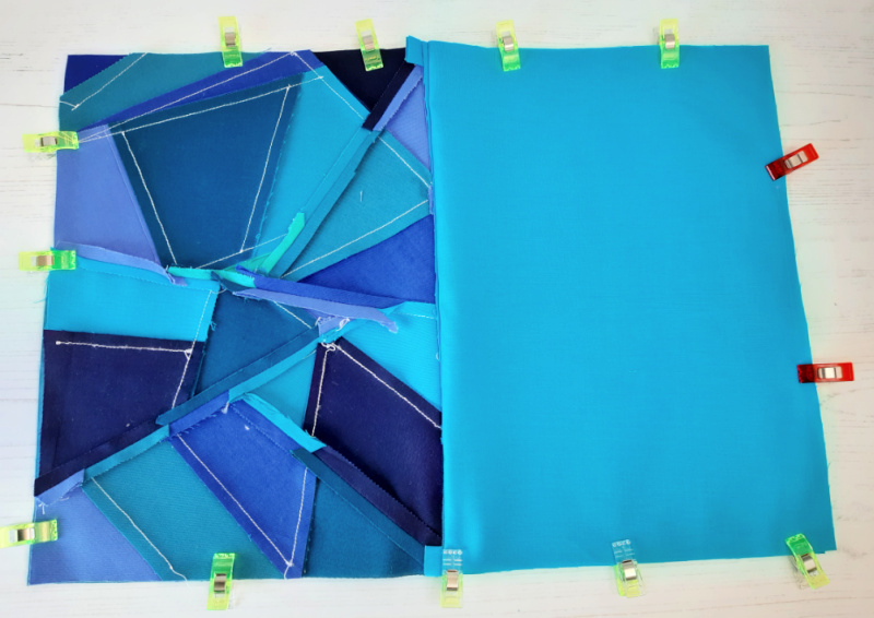 Free geometric paper pieced pouch tutorial
